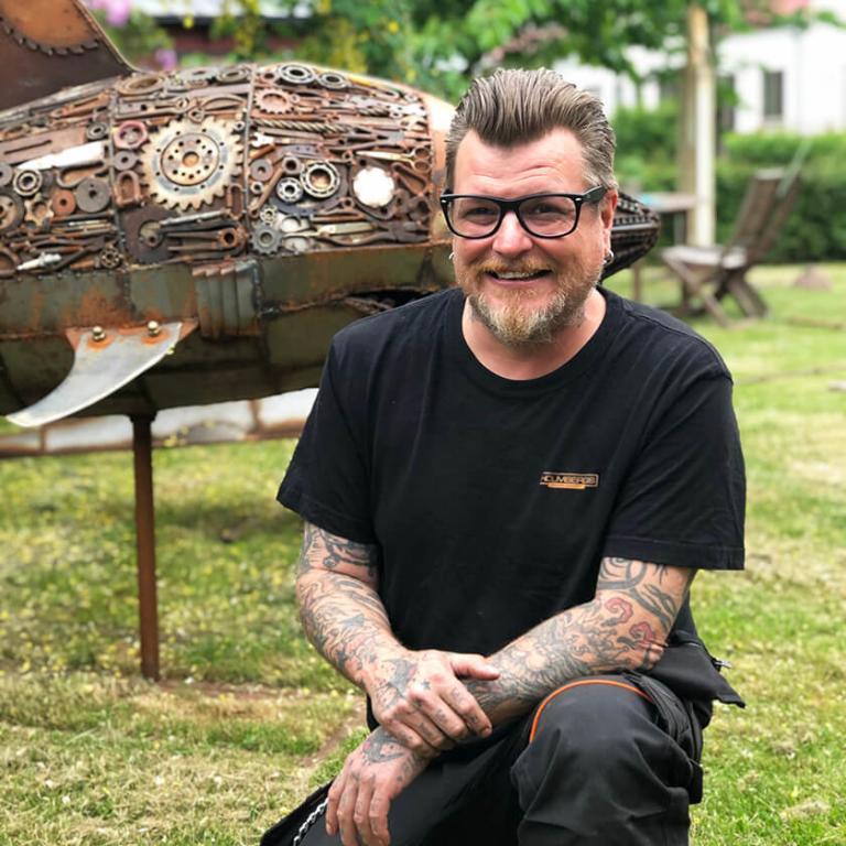 Årets hållbART-festival bjuder på livesändning från Johan Karlssons ateljé.