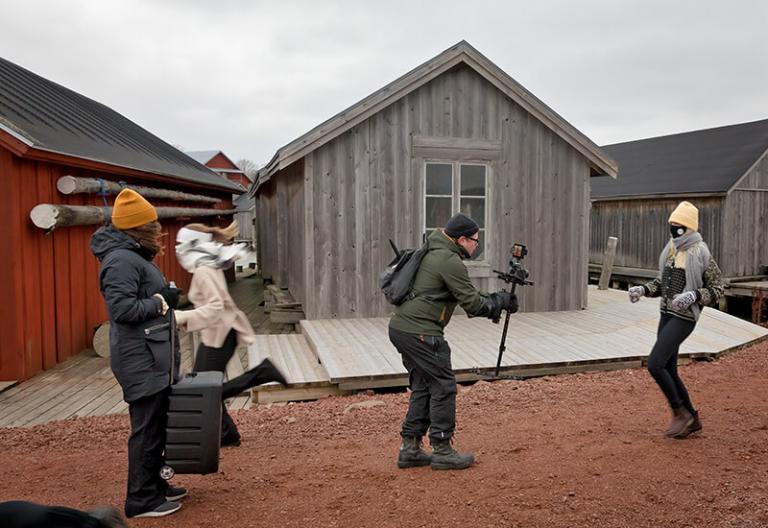 Bilden visar filmning för Nordens institut på Åland. Foto: Tinca Björke