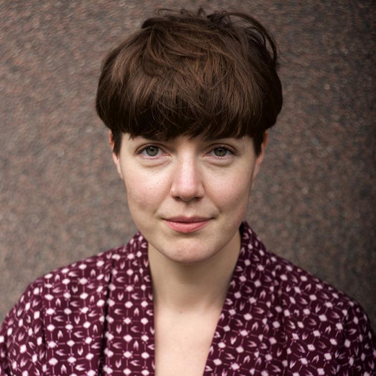Emma Dahlqvist kommer till Åland - utställning och workshops om Näver