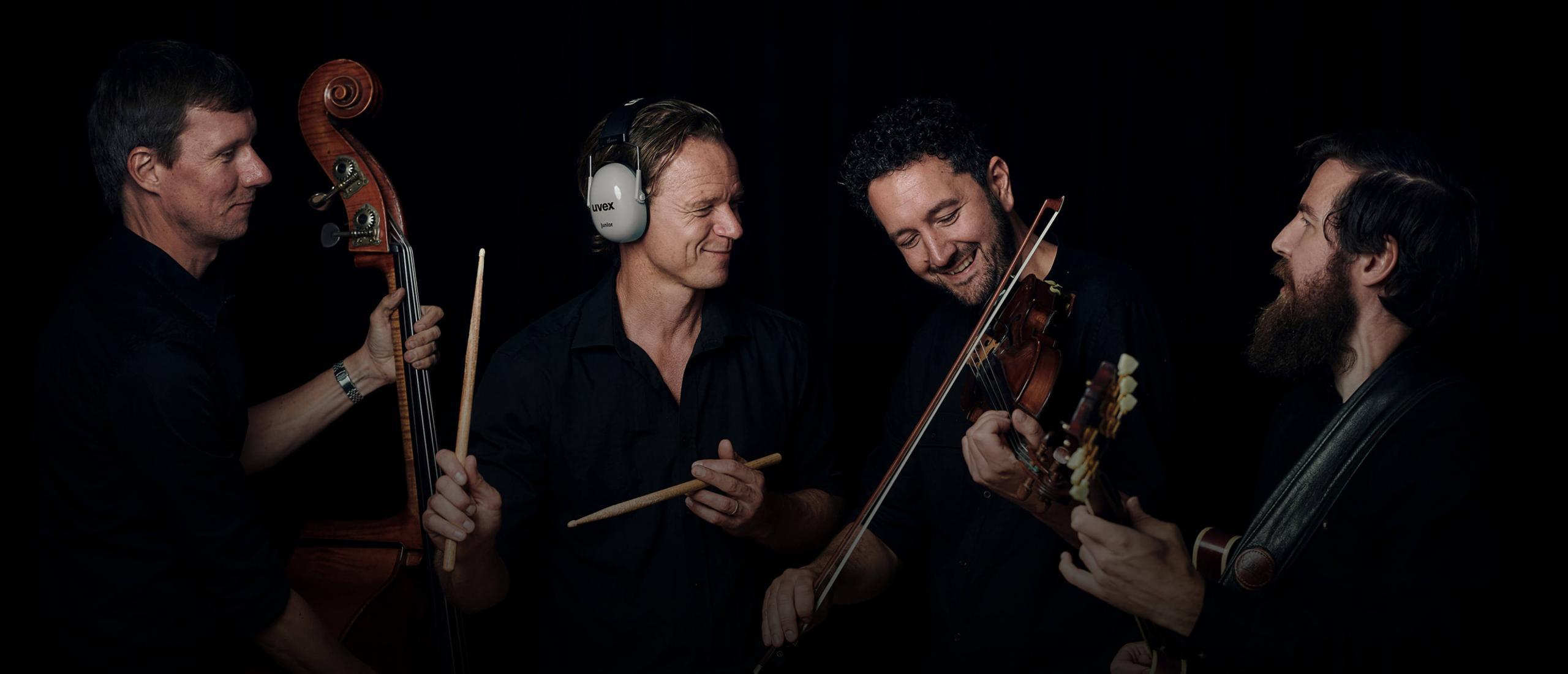 Bjarke Falgren streamed concert on nipalive.ax